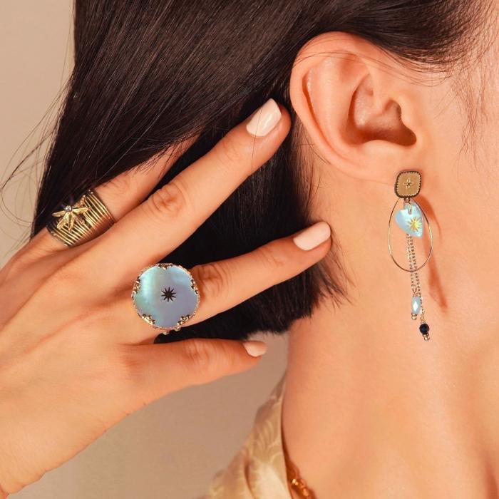 Boucles d'oreilles pendantes douceur nacrée