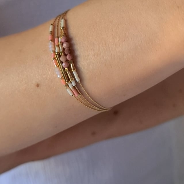 Video bijou : Bracelet grigris esprit boheme rose
