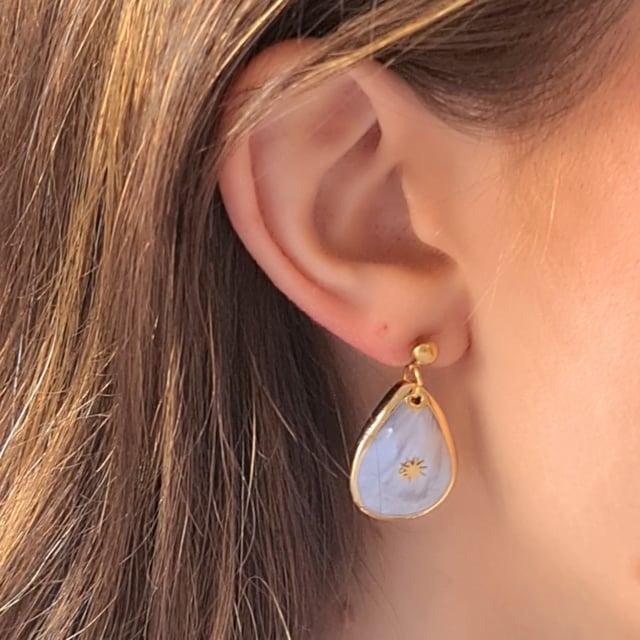 Video bijou : Boucles d'oreilles gouttes douceur nacrée